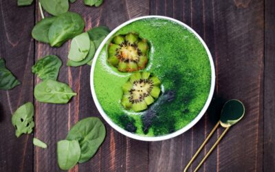 THE BEST GREEN SMOOTHIE FOR WOMEN OVER 40